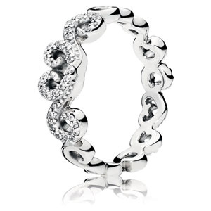 Heart Swirls Ring