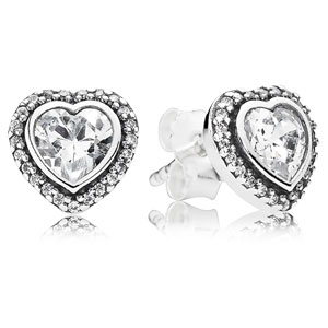 Sparkling Love Stud Earrings
