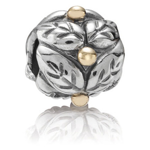 Retired Pandora Holly Charm 14k Gold Amp Sterling Silver