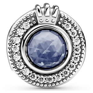 Sparkling Blue O Crown Charm