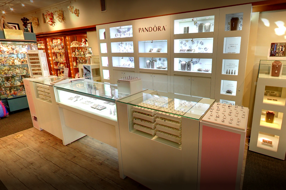 The Pandora Shop in First Capitol Trading